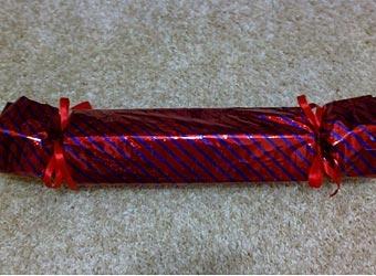 Подарок в виде конфеты