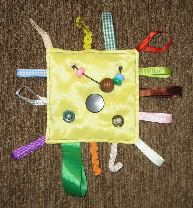 Развивающие игрушки в год своими руками
