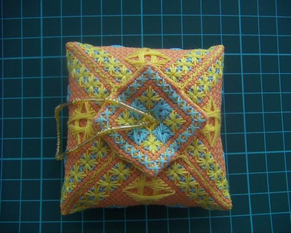 Кривулька Тюльпан Needlepoint