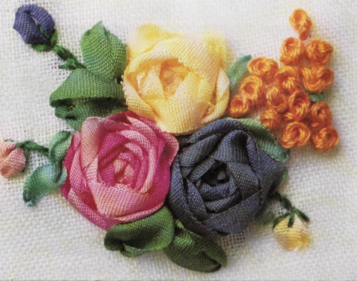 Вышивка лентами объемная роза 93