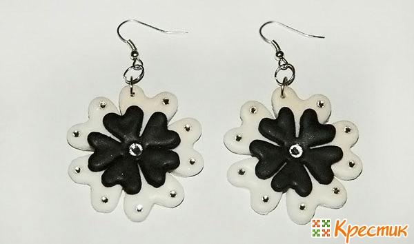 Черно белые серьги