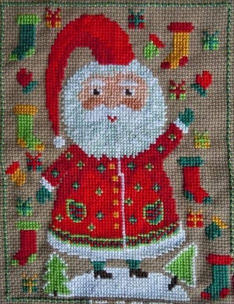 Санта раздает подарки
