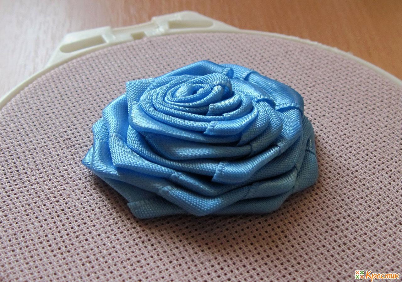 Роза в бутоне из атласной ленты своими руками пошаговое фото