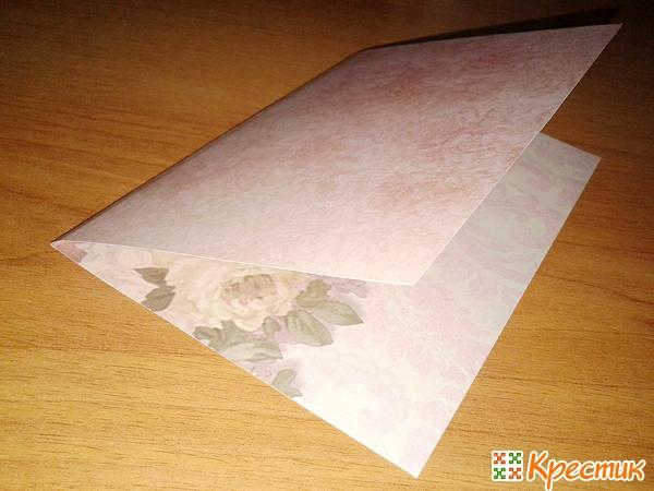 Складываем бумагу для форзаца