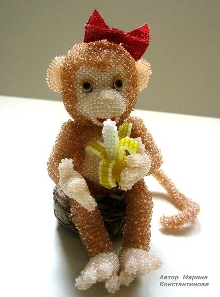 Готовая обезьянка из бисера