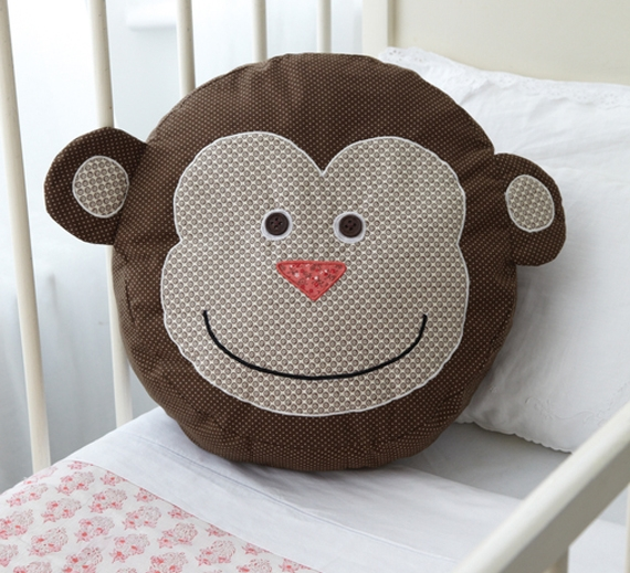 Подушка обезьяна