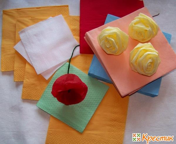 Как сделать цветы из бумажных салфеток своими руками