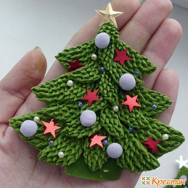 Новогодняя елка из полимерной глины