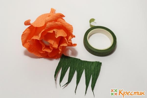 Делаем зеленые чашелистики