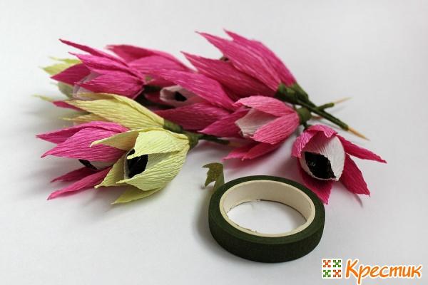 Готовые цветочки из конфет