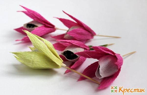Сборка цветка с лепестками