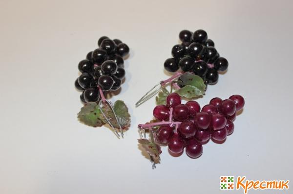 Виноград и черешня