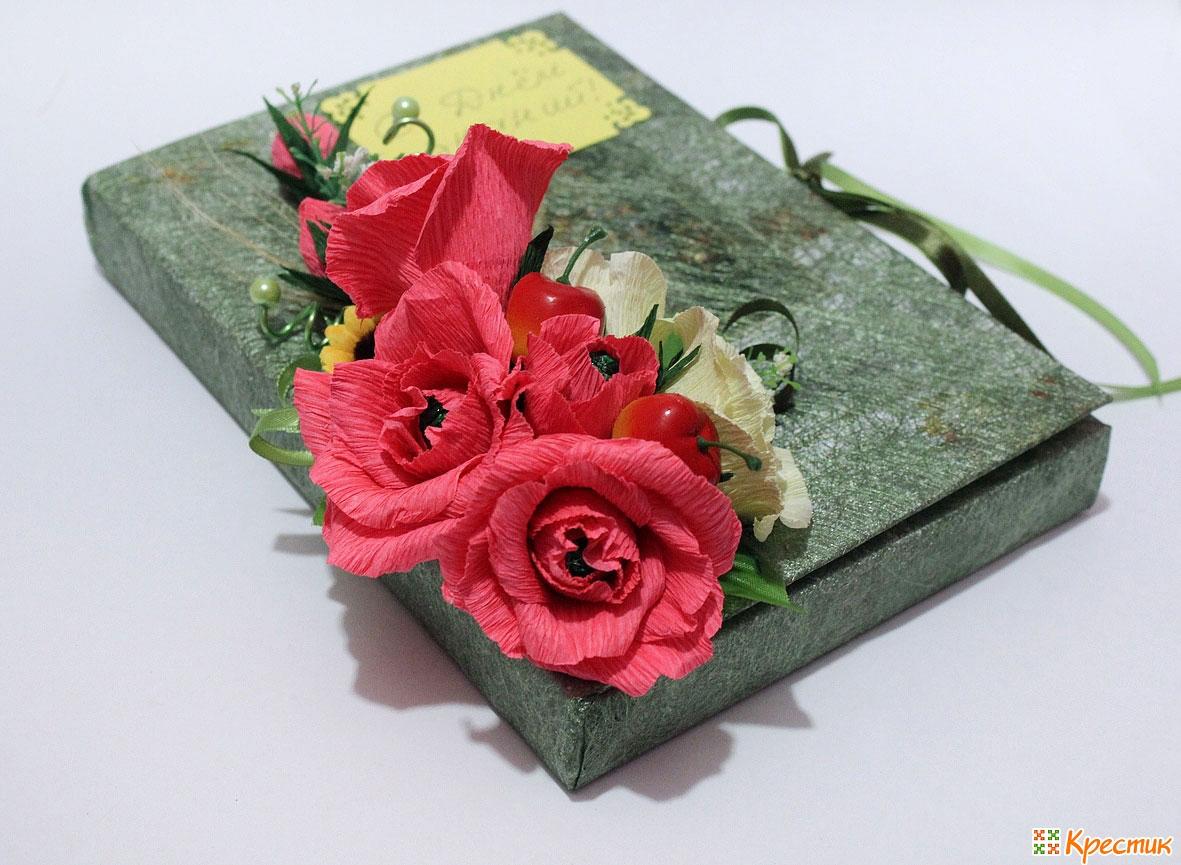Как оформить подарок с конфетами в коробке 707