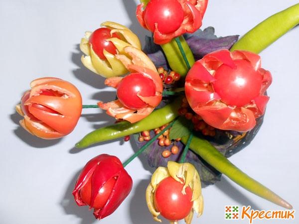 Тюльпаны из болгарского перца