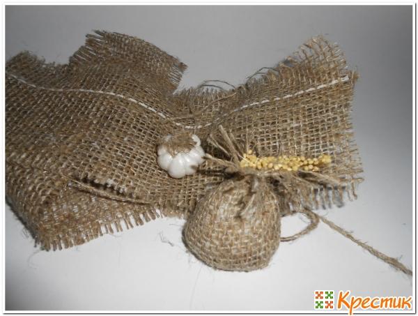 декоративный чеснок и мешочек своими руками