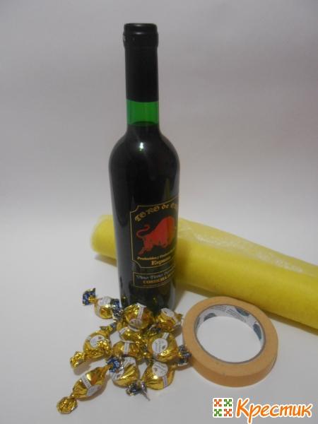 Материалы для ананаса из конфет и шампанского