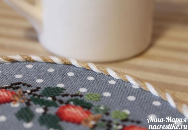 Плетеный шнурок крупным планом