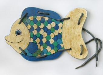Развивающие игрушки-шнуровки своими руками