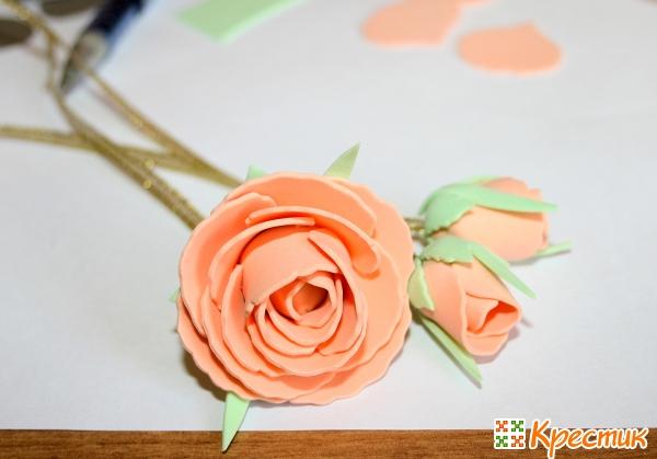 Цветы для заколки из фоамирана