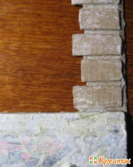 Имитация кирпичей из картона