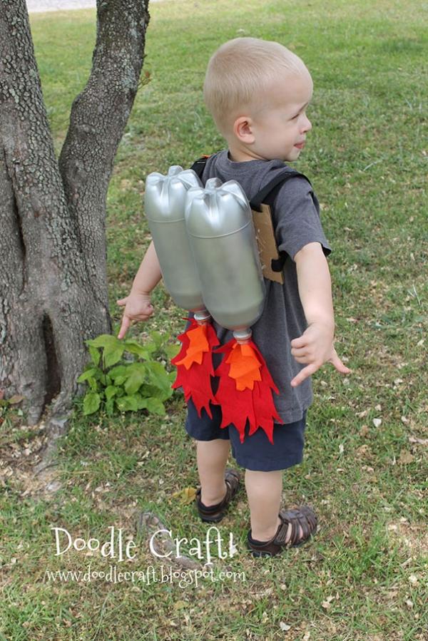 Реактивный ранец из пластиковых бутылок