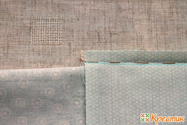 Пришиваем четвертую полоску ткани
