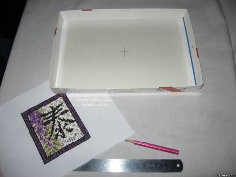 Рамка из коробки от конфет