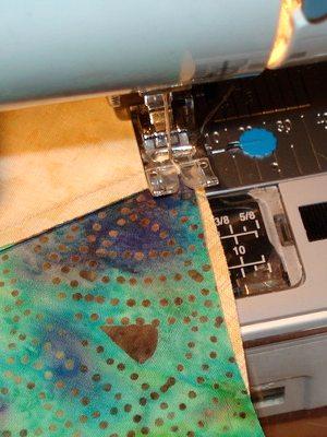 сшиваем квадраты на машинке