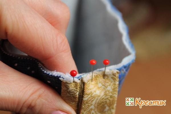 Как прикрепить петельку к сапожку