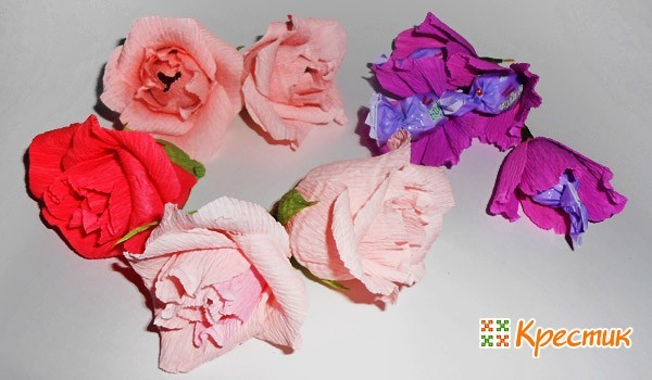 Готовые розы с конфетами на 8 марта