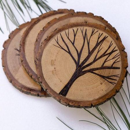 Подставки из дерева под кружки