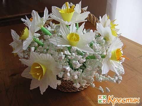 Букет нежных весенних цветов из бумаги