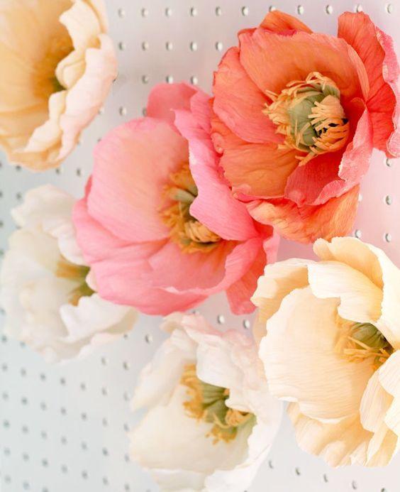 букет цветов из гофры