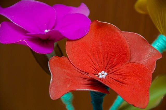 цветы из проволоки своими руками