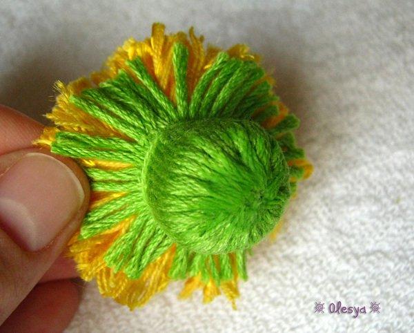 Сшиваем чашелестник с цветком