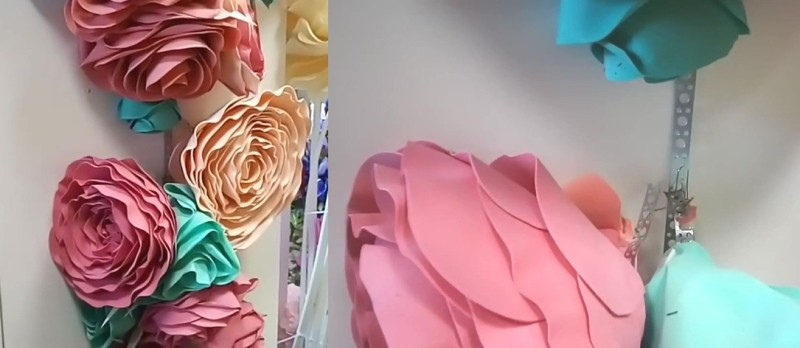 Пример навешивания цветов на закрепленную на стене перфоленту