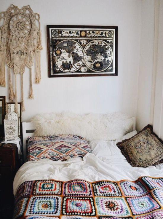 панно на стену возле кровати