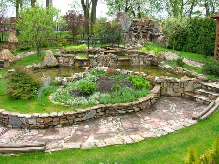 Красивые каменные бортики