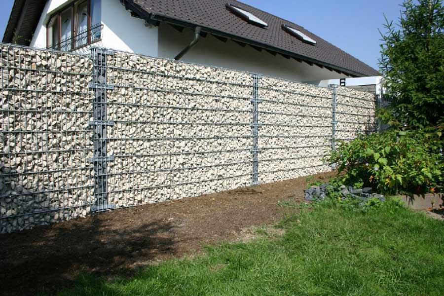 забор сетка с камнем