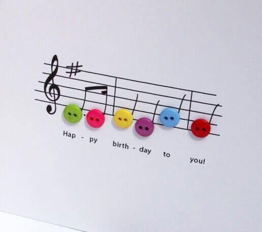 мелодия из пуговиц
