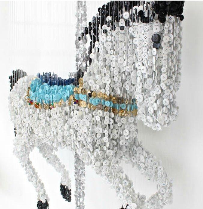 Гарцующая лошадка