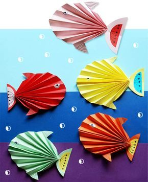 рыбки из гофрированой бумаги