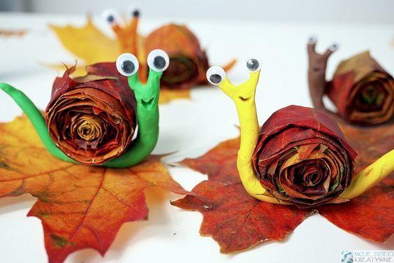 Улитки из пластилина и листьев