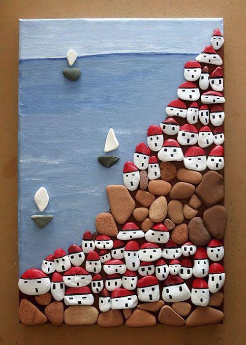 Картина из расписанных камней