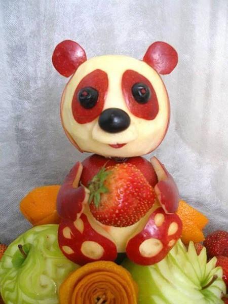 Панда из яблок