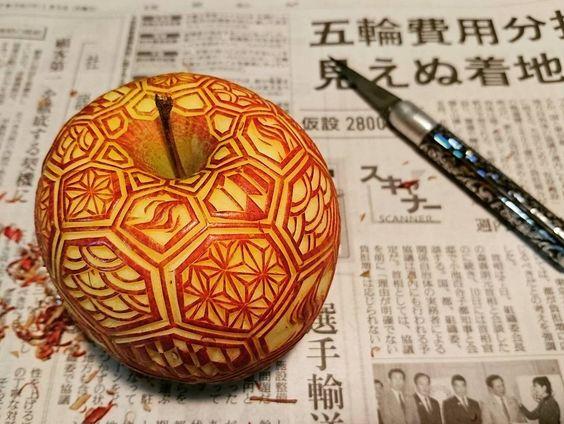 ажурный карвинг по яблоку