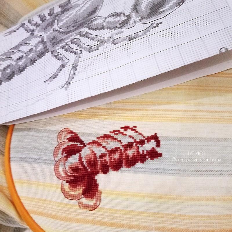 Процесс вышивки Homard aux fourneaux от Veronique Enginger,