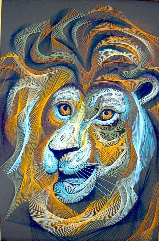 Царь зверей всегда смотрится по-королевски