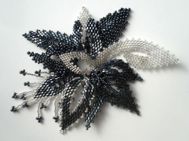 Цветок параллельное плетение