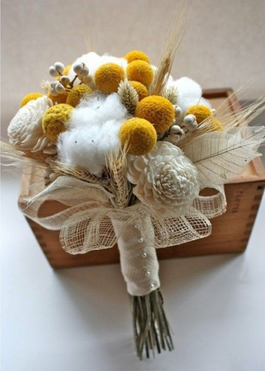 бело-желтый букет невесты